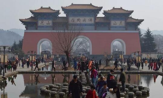 """灵山风景区迎来看""""海""""模式,迎春节客流高峰"""